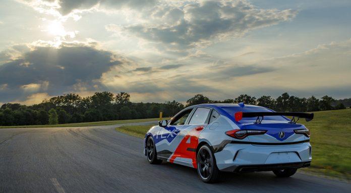 Acura TLX 2021debutará en las carreras en Pikes Peak Hill Climb