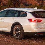 Buick Regal TourX 2020