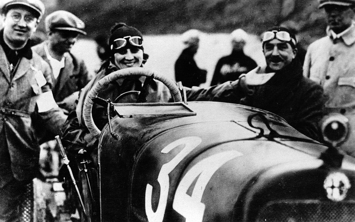 Maria Antonietta d'Avanzo at the wheel of an Alfa Romeo 20-30 ES at the 1922 Targa Florio.