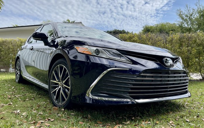 Toyota Camry XLE 2021
