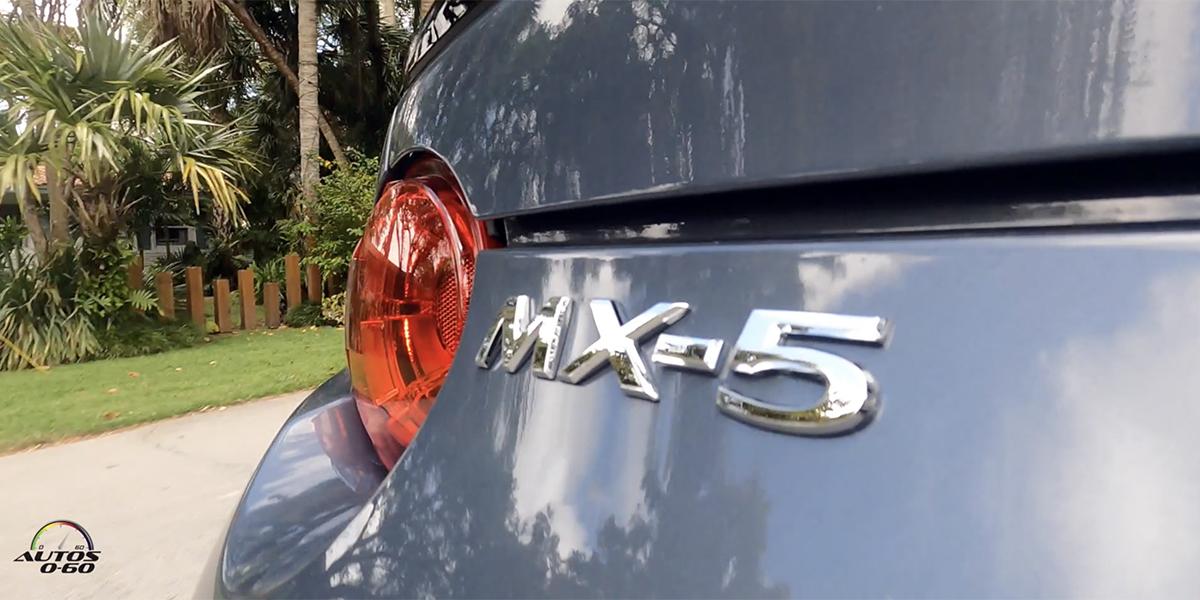 Mazda MX-5 Miata RF 2021