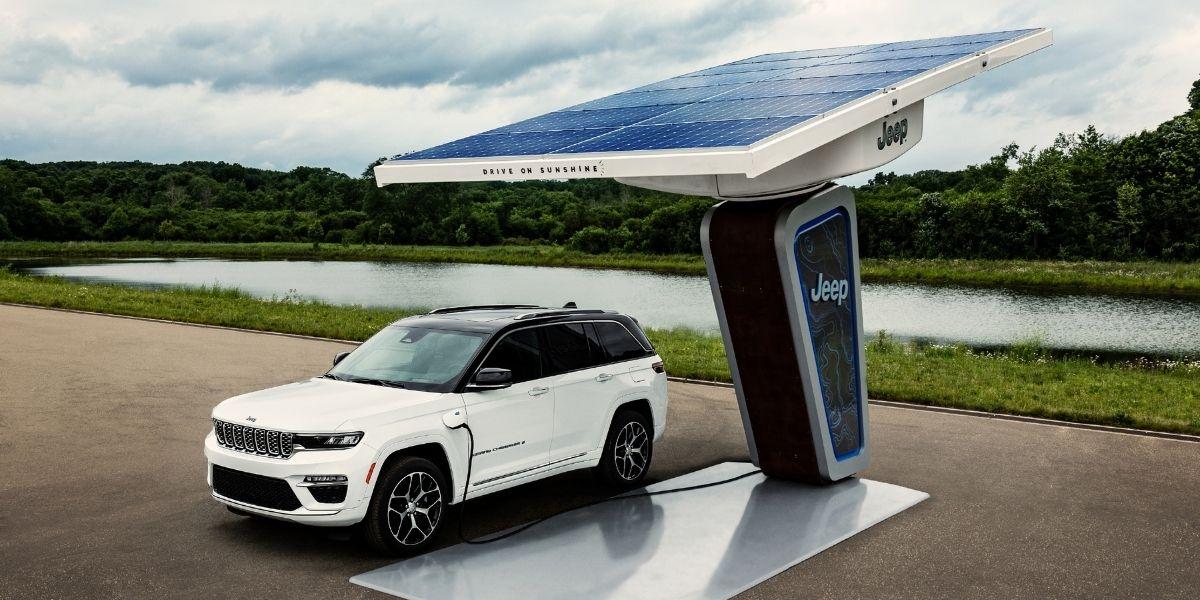 Jeep Grand Cherokee 4xe plug-in hybrid 2022